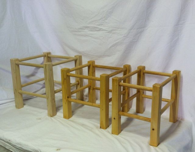 Footstool frame small